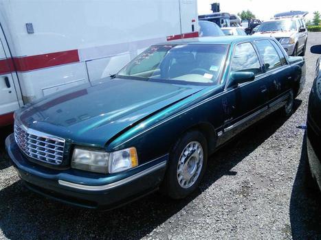 1999 Cadillac Deville (Hartford, CT 06114)