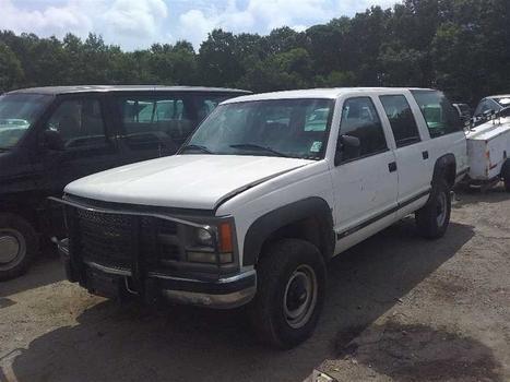 1999 Chevrolet Suburban (Medford, NY 11763)