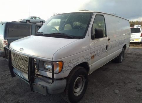 1999 Ford E250 (Medford, NY 11763)