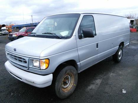 1999 Ford Econoline (Hartford, CT 06114)