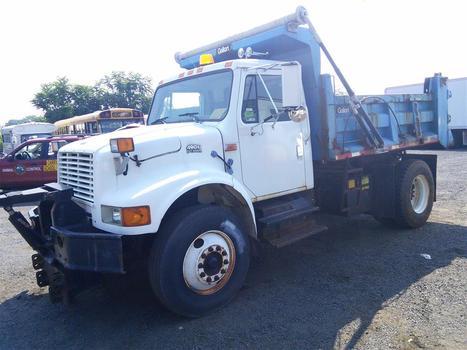 1999 International 4900 Dump (Hartford, CT 06114)