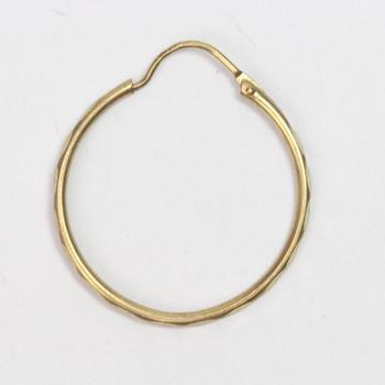 1k Gold 0.76g Earring