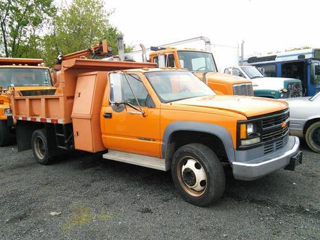 2000 Chevrolet CC31403 (C3500D) (Hartford, CT 06114)