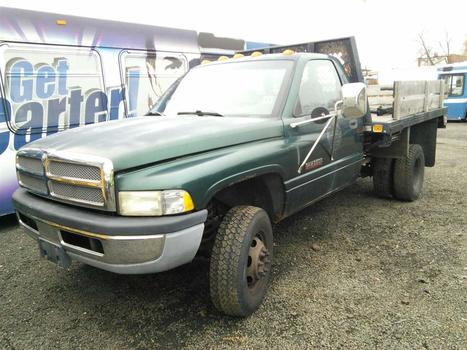 2000 Dodge RAM 3500 (Hartford, CT 06114)