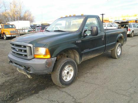 2000 FORD F-250 (Hartford, CT 06114)