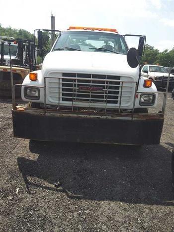 2000 GMC C7500 (Brooklyn, NY 11214)