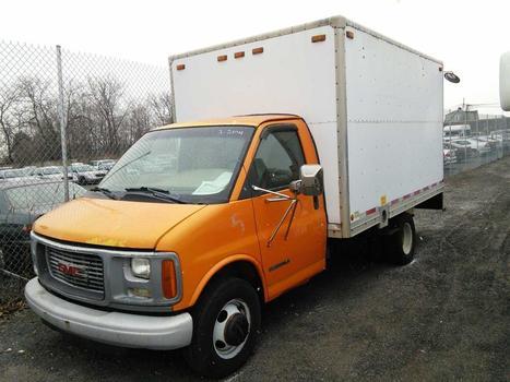 2000 GMC TG31503  (Savana) (Hartford, CT 06114)