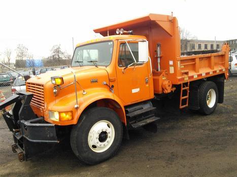 2000 International 4900 4x2 (Hartford, CT 06114)