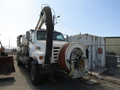 2000 Sterling Vactor 2100 (El Centro, CA 92243)