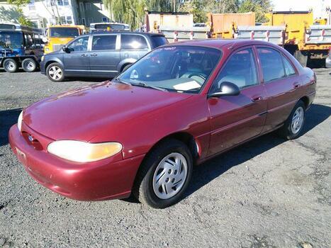 2001 Ford Escort (Hartford, CT 06114)