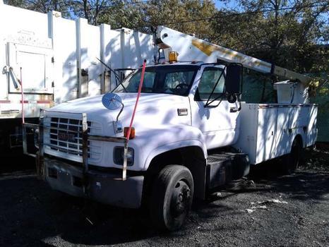 2001 GMC C6500 (Brooklyn, NY 11214)