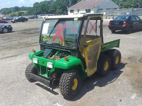 2001 John Deere 6X4 (Medford, NY 11763)