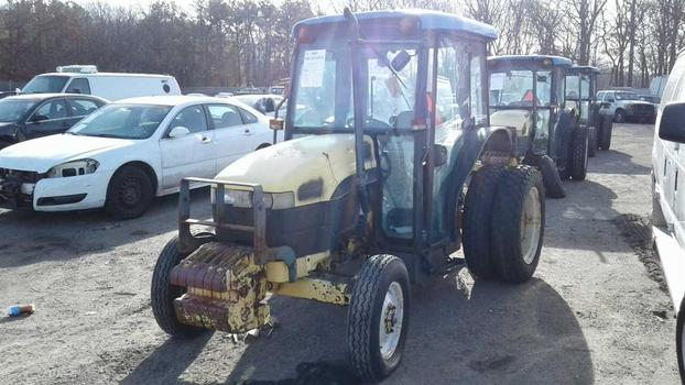2001 New Holland Tn65D (Medford, NY 11763)