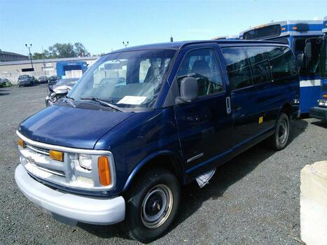 2002 Chevrolet CG21405 (2500) (Hartford, CT 06114)