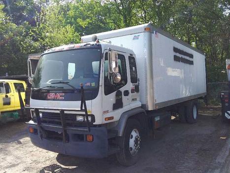 2002 GMC T7500 (Medford, NY 11763)