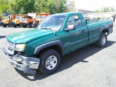 2003 Chevrolet 2500 (Hartford, CT 06114)