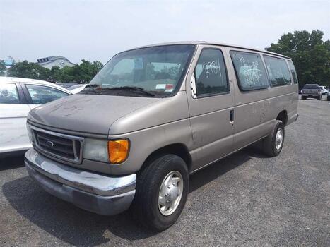 2003 Ford Econoline (Brooklyn, NY 11214)