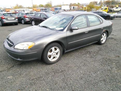 2003 Ford Taurus (Hartford, CT 06114)