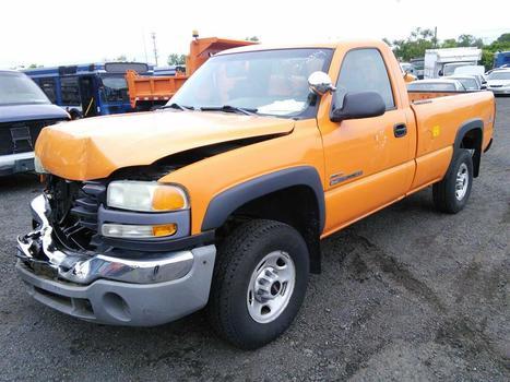 2003 GMC TK25903 (2500) (Hartford, CT 06114)