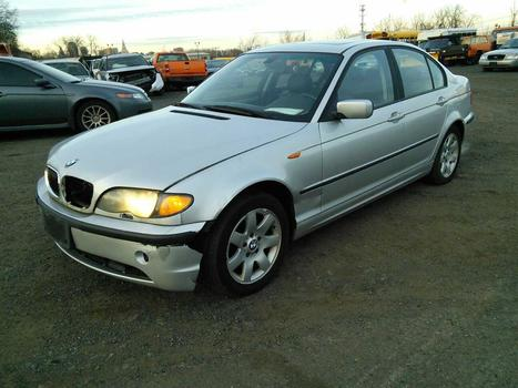 2004 BMW 325 Xi (Hartford, CT 06114)