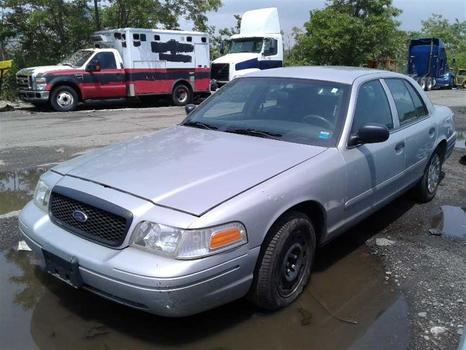 2004 Ford Crown Victoria (Brooklyn, NY 11214)