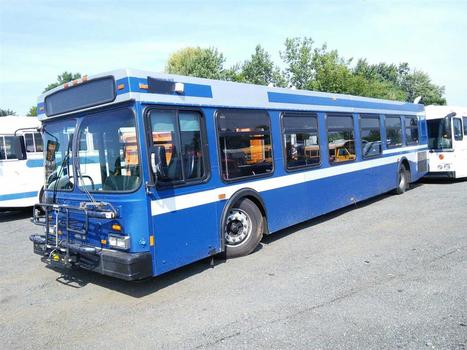 2004 New Flyer D40LF (Hartford, CT 06114)