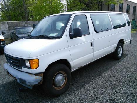 2005 Ford Econoline (Hartford, CT 06114)