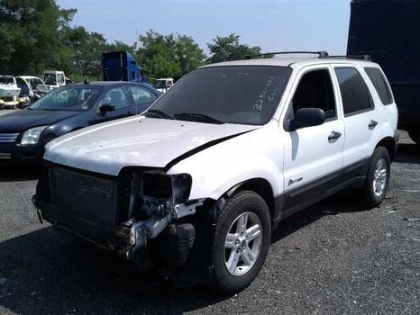 2005 Ford Escape Hybrid (Brooklyn, NY 11214)