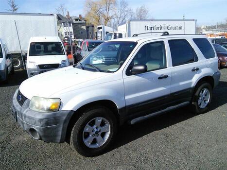 2005 Ford Escape XLT (Hartford, CT 06114)