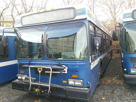 2005 New Flyer D40LF (Hartford, CT 06114)