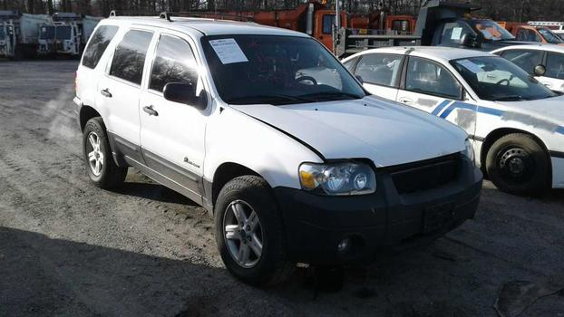 2006 Ford Escape Hybrid (Medford, NY 11763)