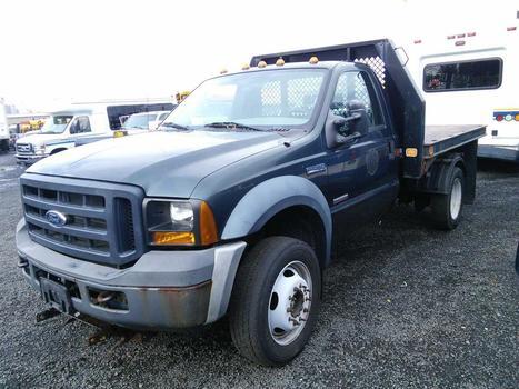 2006 Ford F450 Dump (Hartford, CT 06114)