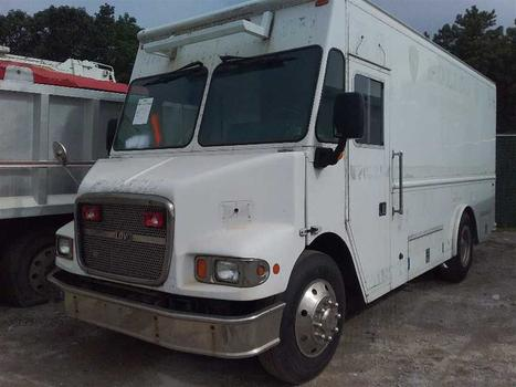 2006 Freightliner Mt55 Chassis (Medford, NY 11763)
