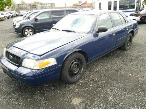 2007 Ford Crown Victoria (Hartford, CT 06114)