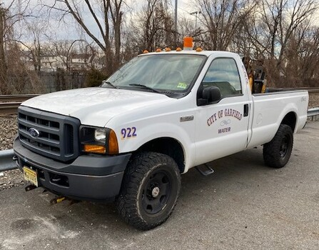 2007 Ford F350 #922 (Garfield, NJ 07026)