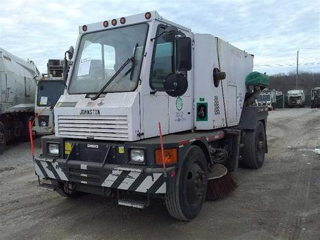 2007 Johnston Street Sweeper (Medford, NY 11763)