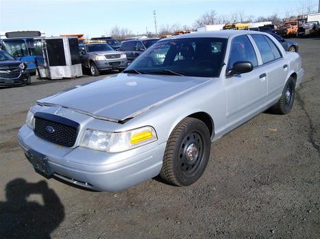 2008 Ford Crown Victoria (Hartford, CT 06114)