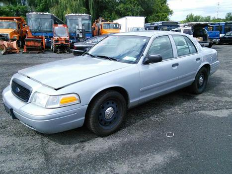2008 Ford Crown Victoria (Hartford, CT 06114)