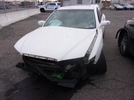2008 Hyundai Azera (Newark, NJ 07114)