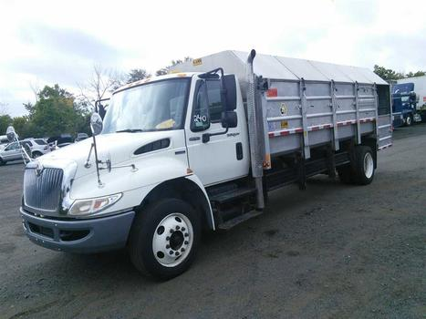 2008 International 4300 Recycle (Hartford, CT 06114)