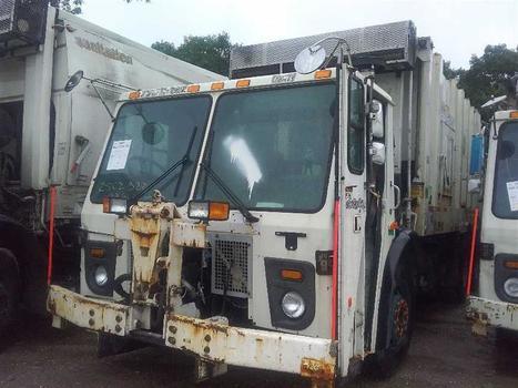 2008 Mack Leu613 (Medford, NY 11763)