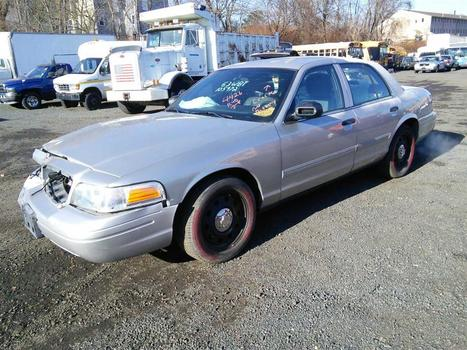 2009 Ford Crown Victoria (Hartford, CT 06114)