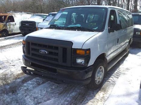 2009 Ford E350 (Medford, NY 11763)