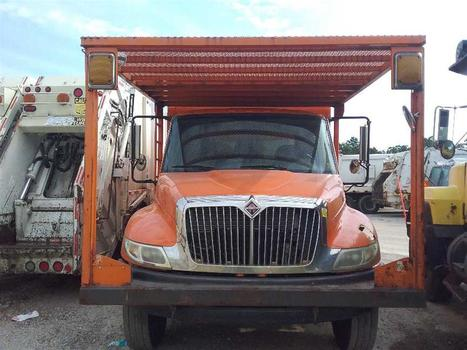 2009 International 4400 (Medford, NY 11763)