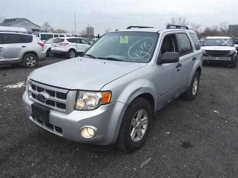2010 Ford Escape Hybrid (Brooklyn, NY 11214)