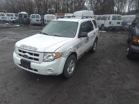 2010 Ford Escape Hybrid (Medford, NY 11763)