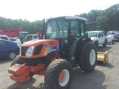 2010 New Holland T4020 (Medford, NY 11763)
