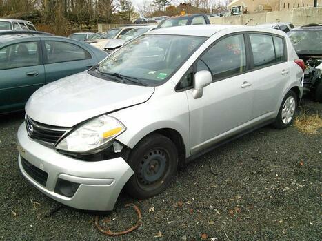 2010 Nissan Versa (Hartford, CT 06114)