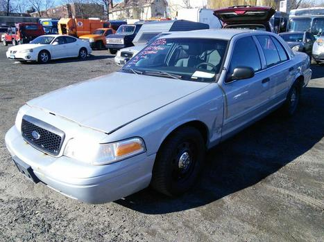 2011 Ford Crown Victoria (Hartford, CT 06114)