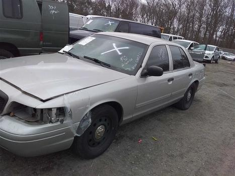 2011 Ford Crown Victoria (Medford, NY 11763)